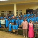 Efong students and teachers (2014)